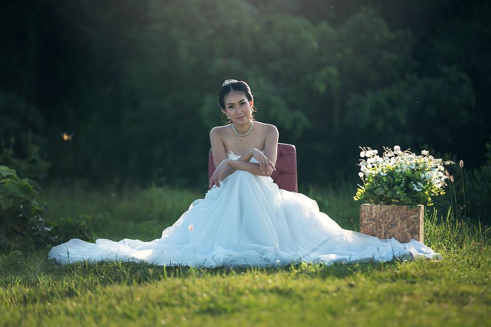 Esküvői ruhaszalonok Budapesten: olcsót is lehet találni?